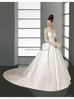 New Arrival Ivory Satin Chapel Trail A-line V-neck Lace Long Sleeve Muslim Wedding Gowns