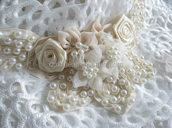 Ivory Beaded Bridal Wedding Applique Rosette And Flowers Collar