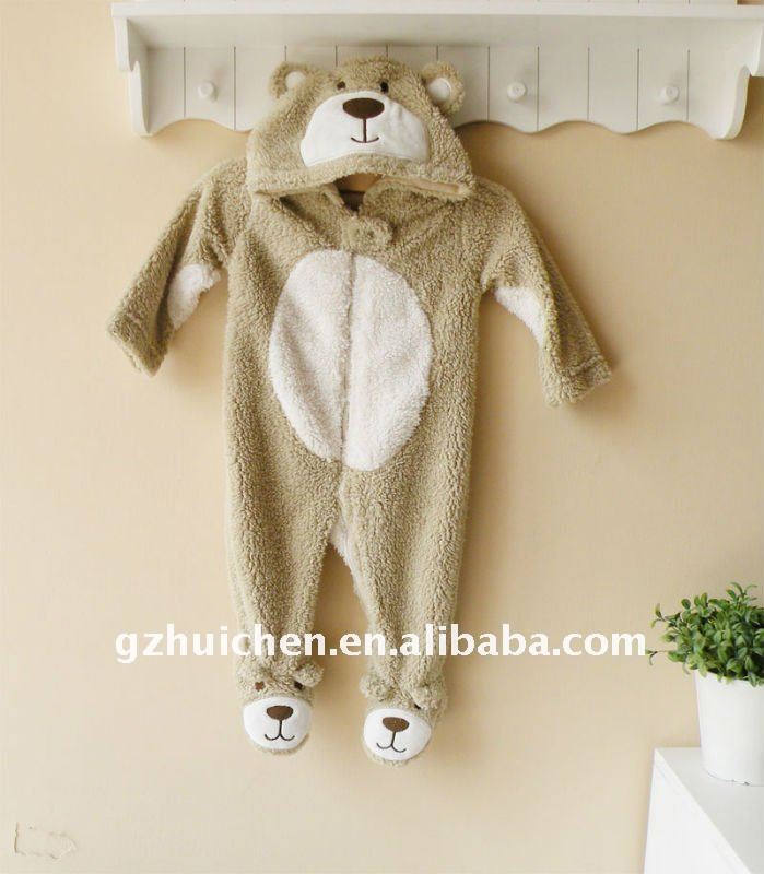 2011 Autumn baby clothes 100% polyester long sleeve shaped romper with footie