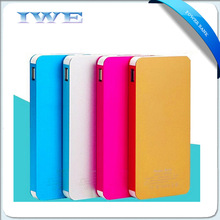 China gift oem mobile phones accessories 8000mah emergency slim power bank 8000 mah chargers for mobile phone for Samsung edge