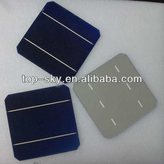 The smallest photovoltaic solar cells 125mmX125mm mono for solar panels.