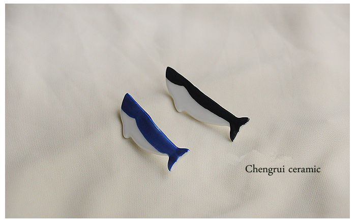 Jingdezhen fish shape hand molding porcelain high white clay wholesale custom brooch