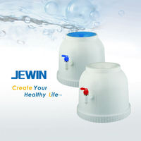 Non electric water dispenser