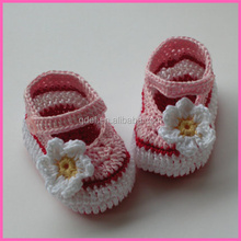 winter fashion flower knitted crochet baby shoes