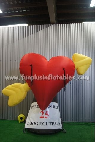 Custom made inflatable heart,inflatable sign boards for sale P5036