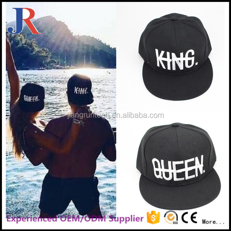 Custom cheap black Fashion lovers embroidery only black white hat flex fit