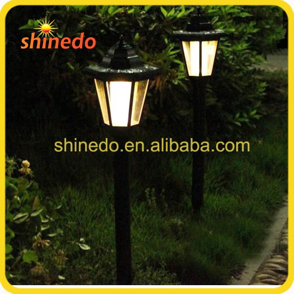 Plastic Waterproof Pathway Lighting Solar Street Light for Garden and Park