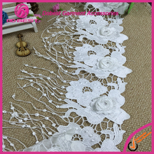 2016 French Embroidery Designs Water Soluble Lace Trim with Tassel