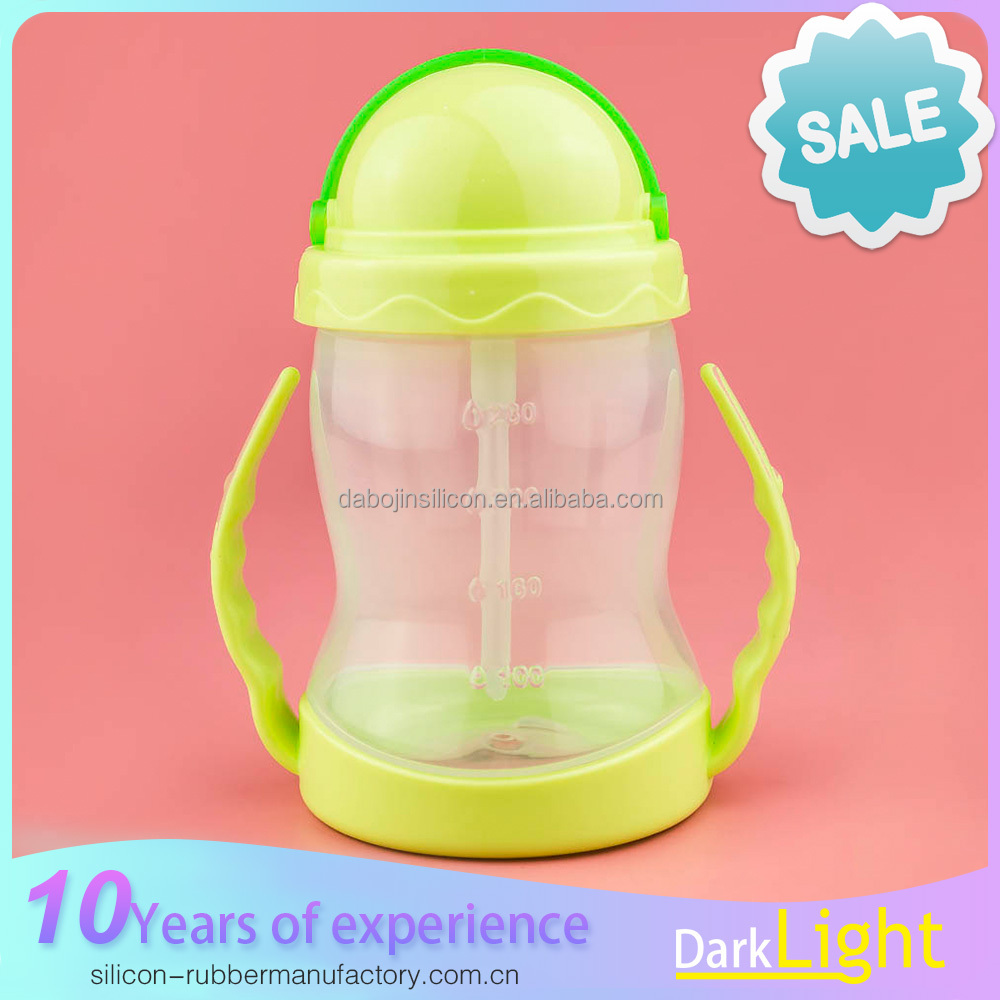 New Baby Care Products Young Children Plastic 300ml Water Bottle with Lid