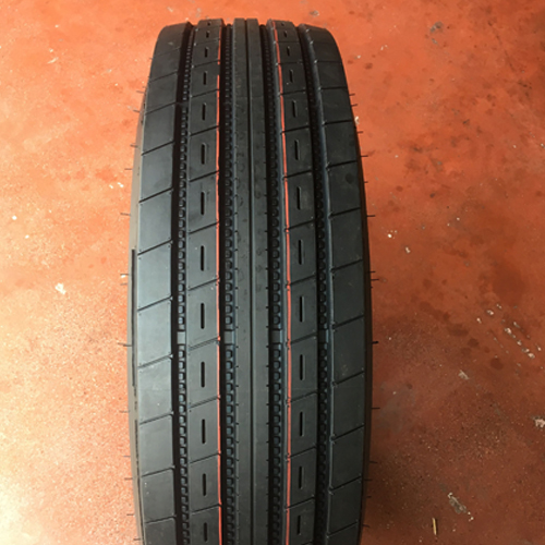 High load capacity ST specialty trailer tire ST235/80R16
