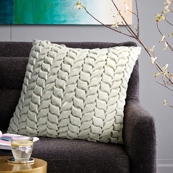 Comfortable and elegant home to build pure hand-plaited plait suede model room art decor pillow