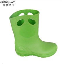 Children's PVC Welly,New Design Waterproof Rain Boot,Pure Green Ground Has No Printing Has Hole For Handle