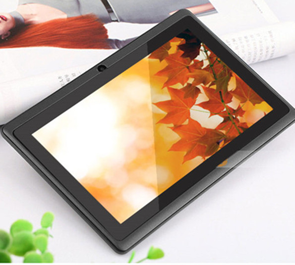 "2017 7"" Quad Core Tablet PC with ips screen Android 4.4 Camera WiFi/Bluetooth"