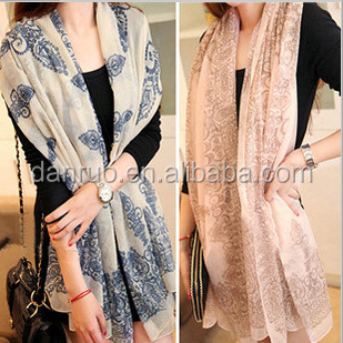 Blue and white porcelain thin section of women and long sections of scarves wholesale shawl new Barry yarn texture scarf