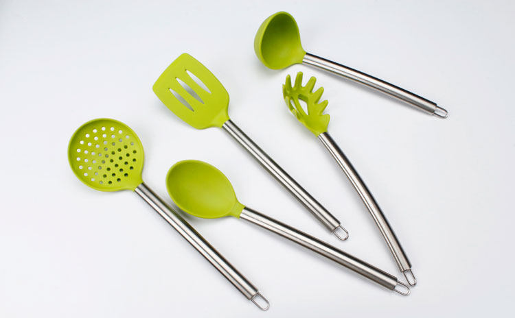 Factory wholesale soup ladle silicone with long life