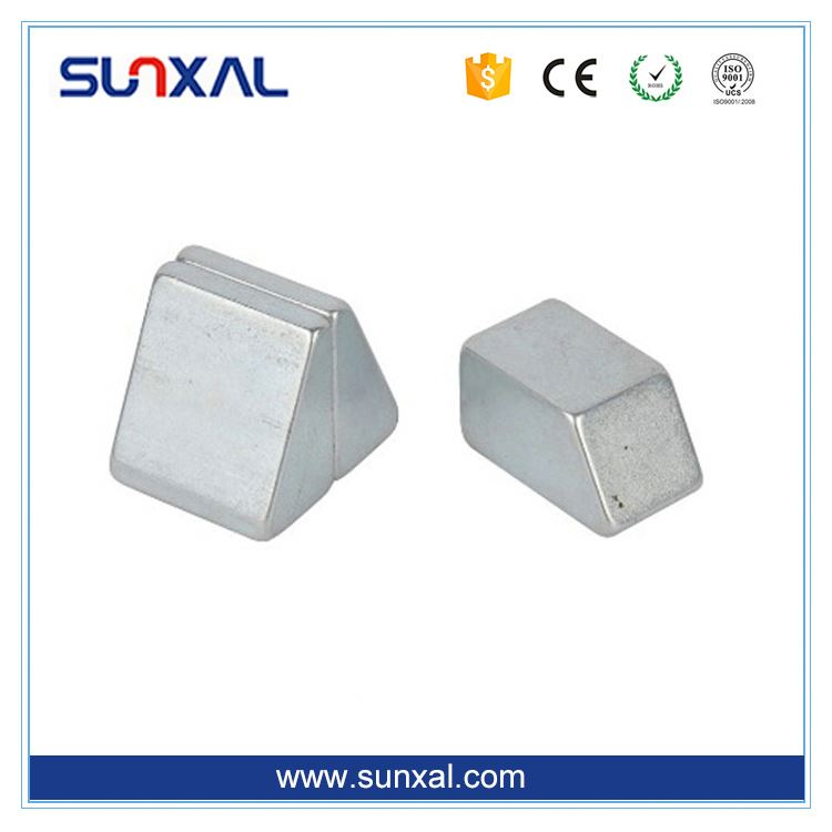Custom Promotional New Fashion magnet mould