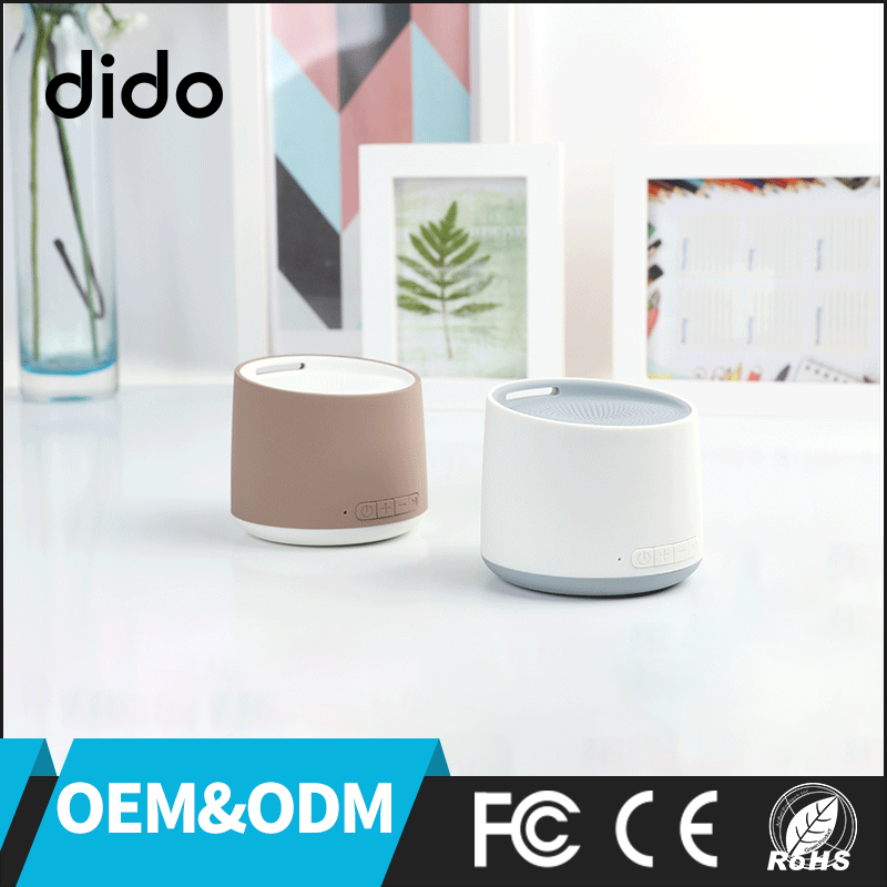 2017 OEM ODM TF Card AUX Portable Mini Wireless Bluetooth Speaker With TWS CE ROHS