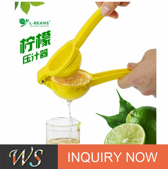 Hot selling Amazon Lemon Squeezer with Silicone Handle popular in 2017
