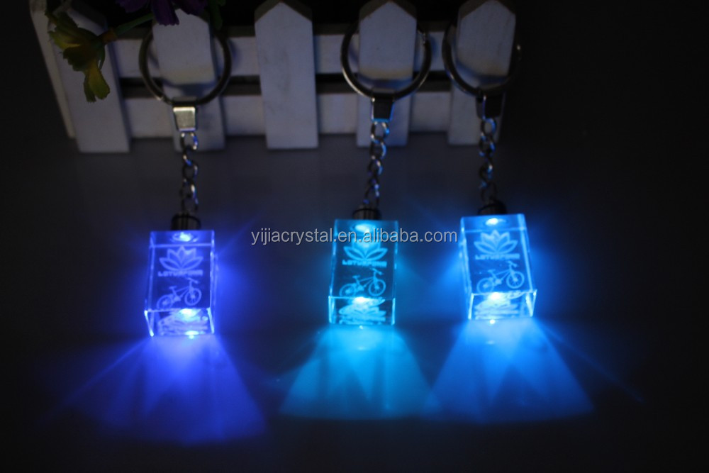 2017 Fancy Cheap customized design engraved crystal key chain /handmade colorful Crystal LED key ring