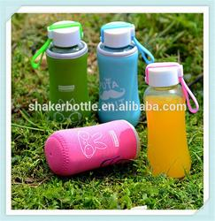 Fashion sport glass ice water glass bottle cover/sleeve factory