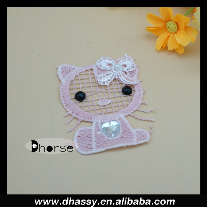 Hot sell lovely hello kitty beaded appliques for kids clothing