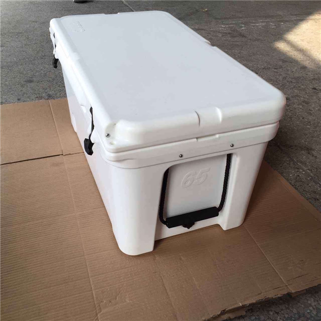 New design Plastic Roto-molded Insulation Chest Ice cooler for keeping food fresh