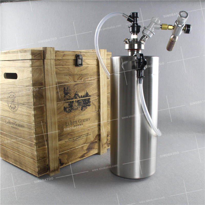 5L beer keg with tapping system