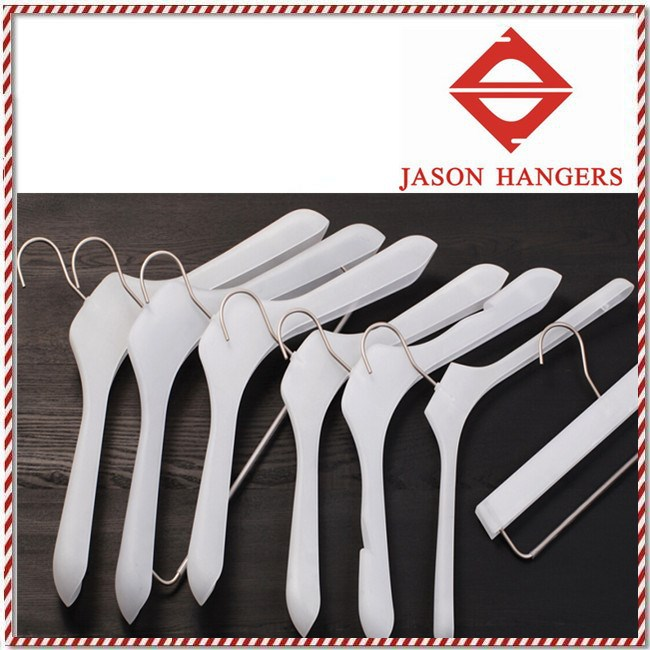 LGH086 Luxury white large plastic hangers