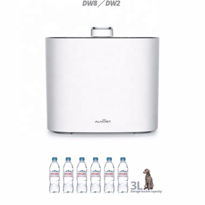 3 Liters Capacity Water, Easy to Clean Simple version Automatic Pet Water Feeder For Dog or Cat