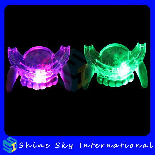 Hot Selling Led Mouth Guard Teeth Shaped Led Halloween Decoration