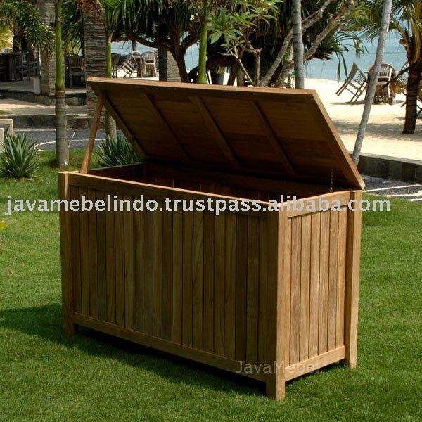 TEAK GARDEN FURNITURE OF CLOTHES BOX