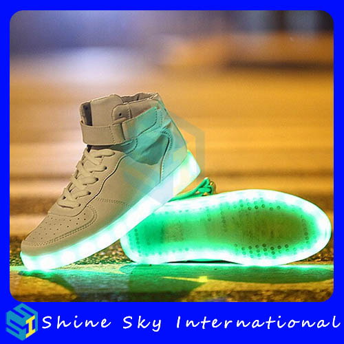 USB rechargeable cheap fashion man led shoe,cheap fashion led shoe Promotional Gifts usb rechargeable led sneakers