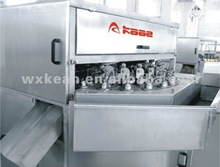 Apple peeling/de-stoning/ slicing machine