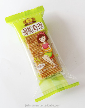 Sweet taste semi-hard texture cookies onion flavor square thin biscuit