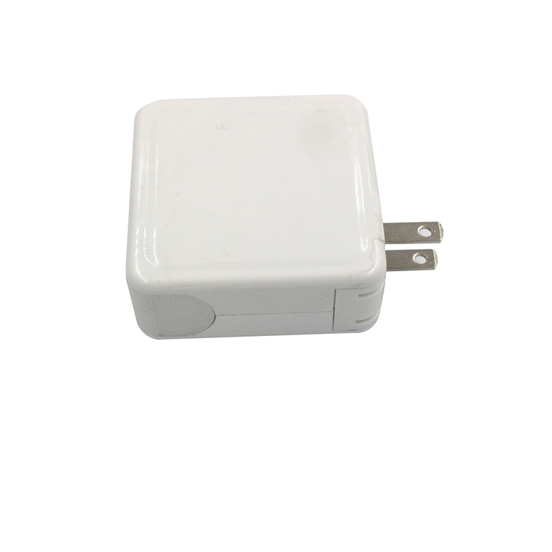 Newly foldable design uk fast charging type c usb wall charger
