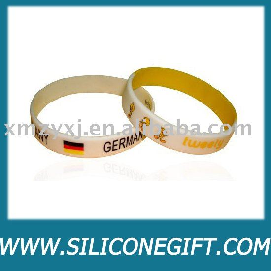 2014 new promotional products novelty items with wristband