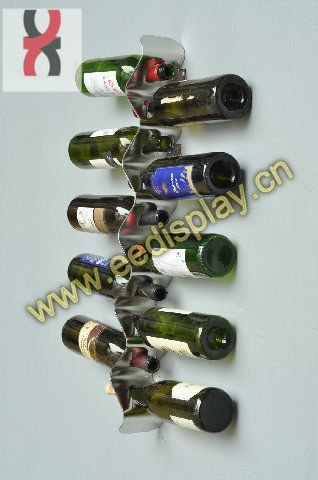 ripple shape wall hanging wine holder/metal display rack for store/promotion/supermarket/retail