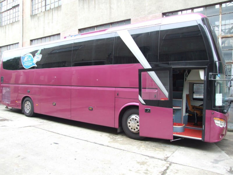 long distance 65 seater coach GL6129H luxury travel bus