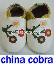 2013 high quality new genuine cow leather soft sole baby infant shoes