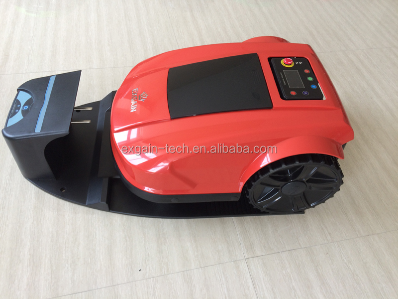LCD display mower robot with English, Norsk, Deutsch, Dansk, Svenska, Suomi, French, Italiano