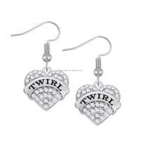 Popular Eco-friendly Zinc Alloy Crystal Heart Engraved Twirl Pendant Earrings