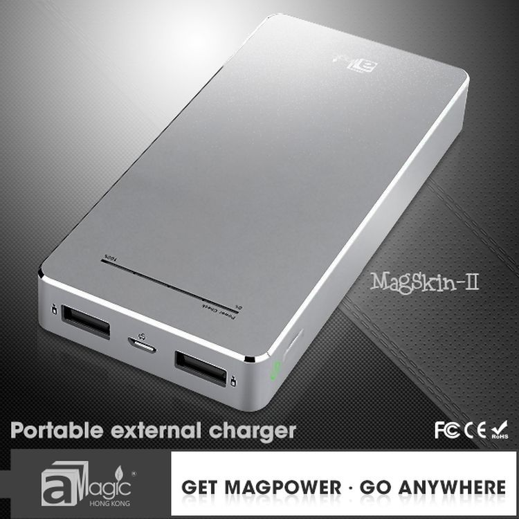 Concise Design 13000mAh Power Bank External Battery for iPhone