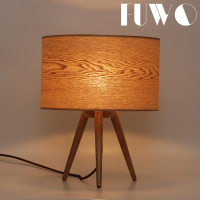 Hot selling personalize stylish custom tripod modern home vintage wooden desk lamps zhongshan office table lamp