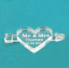 Heart Shaped Clear Acrylic Wedding Table Decoration Favors with Engraving