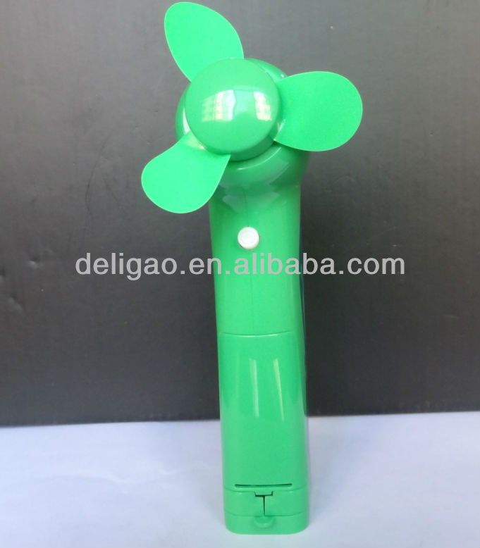 powerful quiet portable battery fan, foldable handly battery fan,battery operated handheld fan for promotion