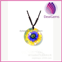 beautiful flowers amber necklace jewelry