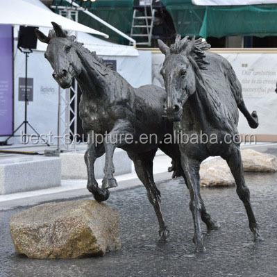 strong life size bronze running horse statue pool sculpture for sale