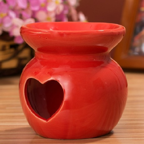 Hot Selling Red Heart Cut-out Warmer Ceramic oil Burner TS-OB181