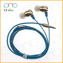 The Latest Hand-Free Cheap Metal Earphone With Mic for MP3 phone from original manufacturer