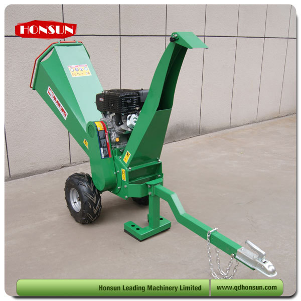 14 years manufacturer experience self powered CE approved hot sale agriculture tree branch crusher machine